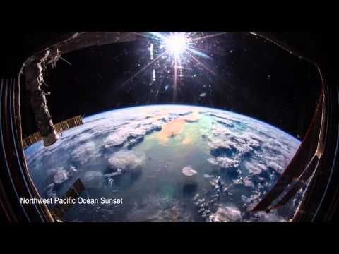ISS Timelapse - Just another day inside the Cupola (30 Novembre 2015)